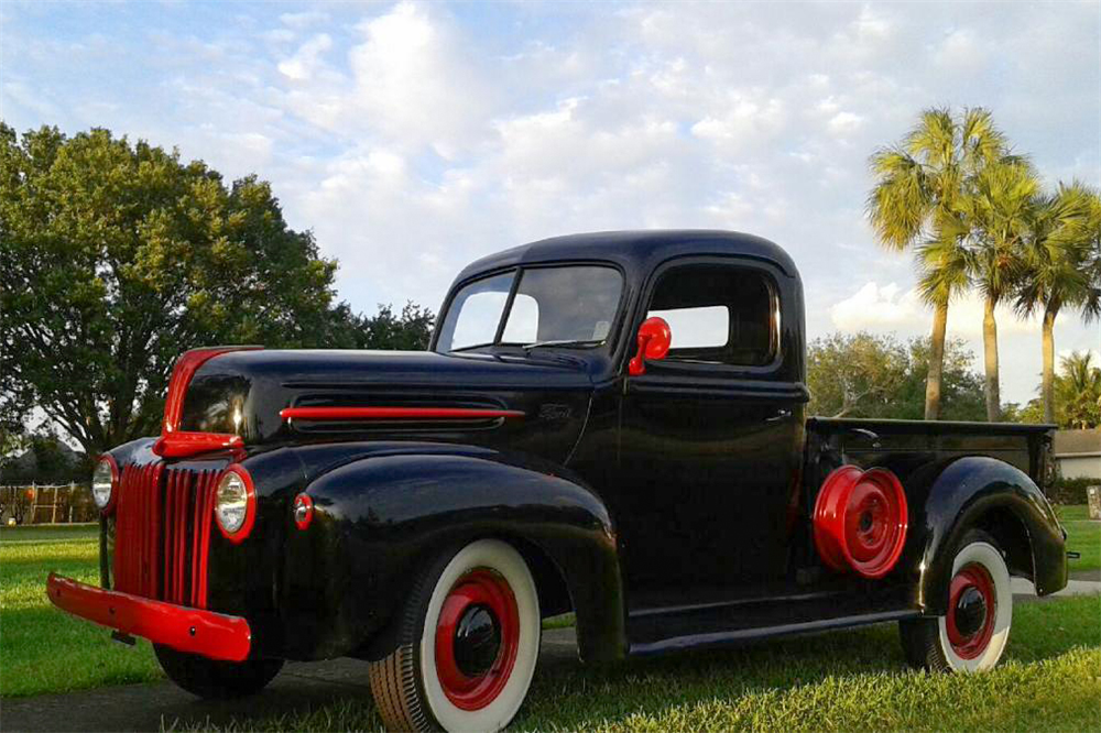 1947 FORD ONE-TON PICKUP - Front 3/4 - 189804