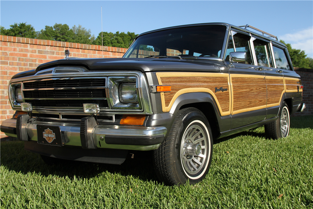 1989 JEEP GRAND WAGONEER SUV - Front 3/4 - 189809