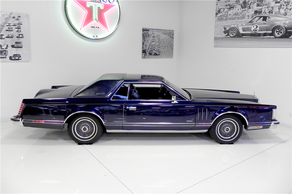 1979 LINCOLN CONTINENTAL MARK V HARDTOP COLLECTORS EDITION - Side Profile - 189845