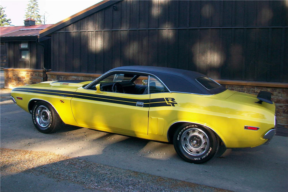 1971 DODGE CHALLENGER R/T - Side Profile - 189879
