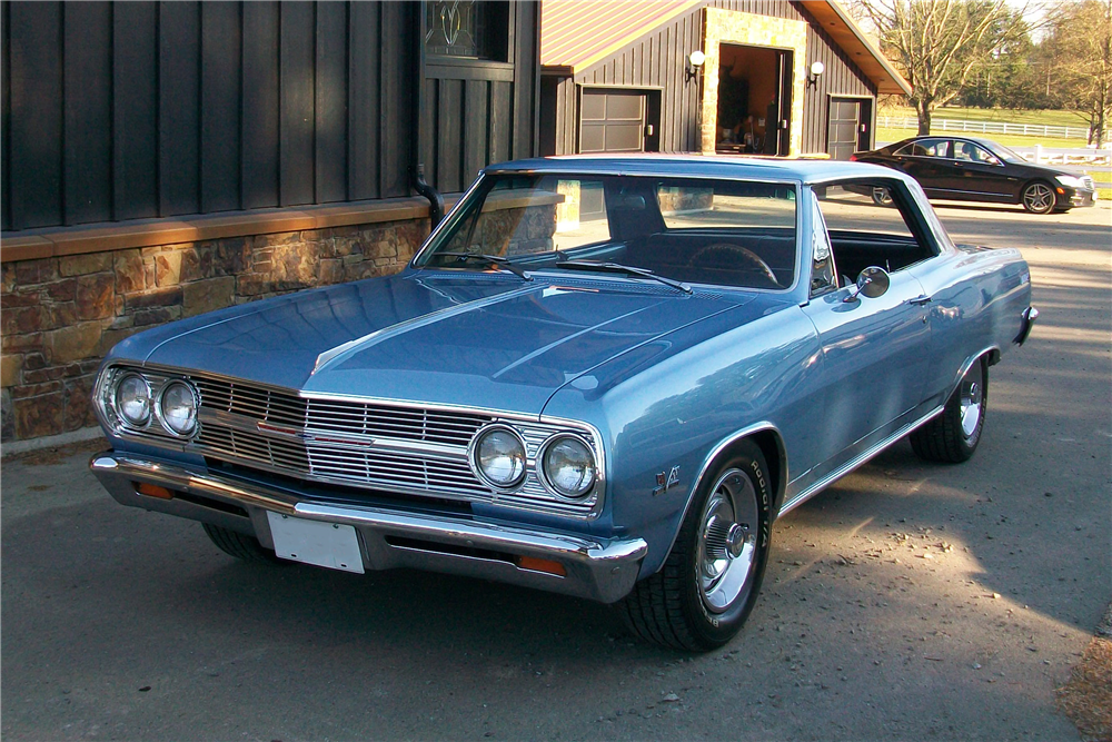 1965 CHEVROLET CHEVELLE SS  - Front 3/4 - 189886