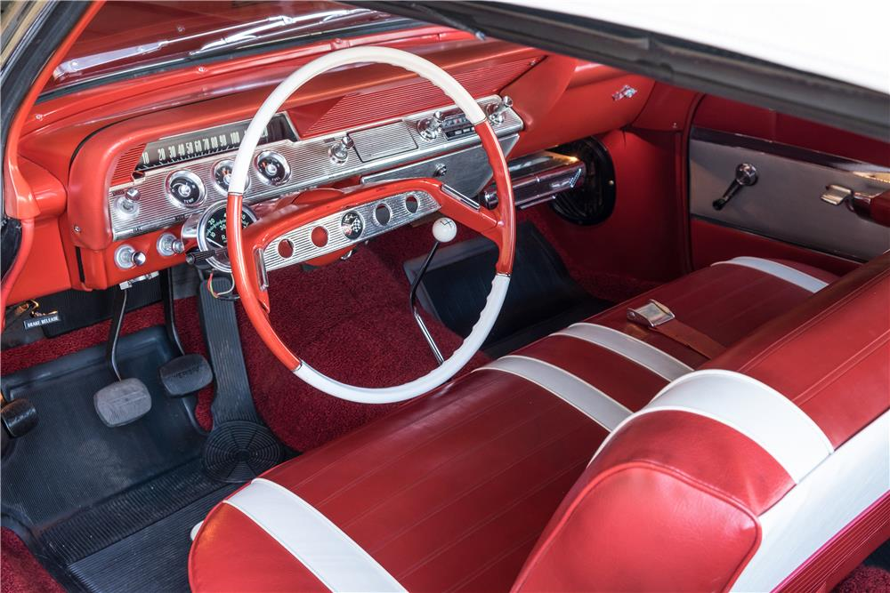 1961 CHEVROLET IMPALA CUSTOM CONVERTIBLE - Interior - 189897