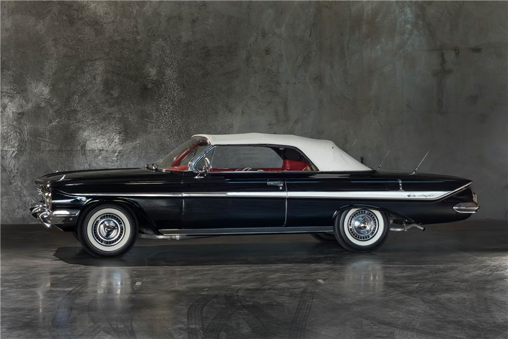 1961 CHEVROLET IMPALA CUSTOM CONVERTIBLE - Side Profile - 189897