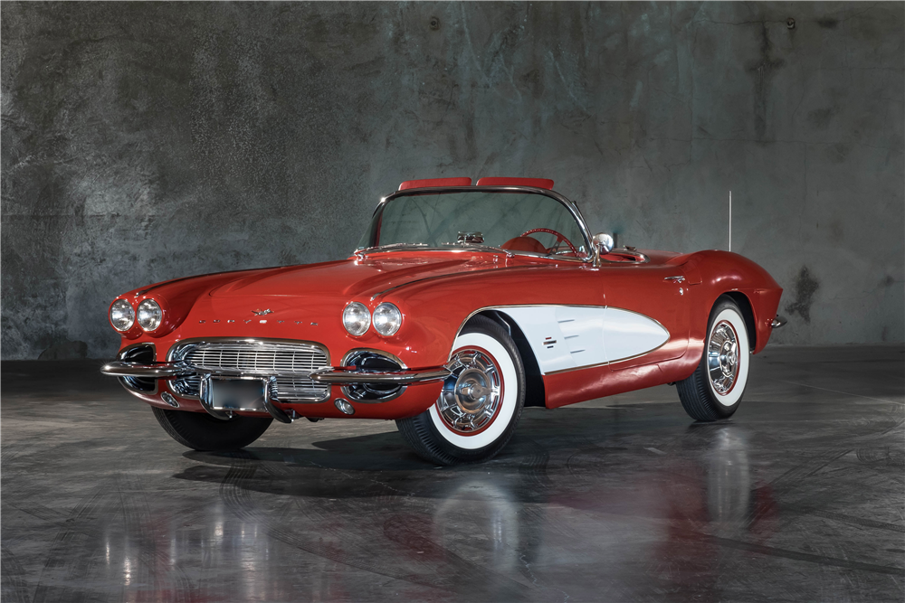 1961 CHEVROLET CORVETTE CONVERTIBLE - Front 3/4 - 189899