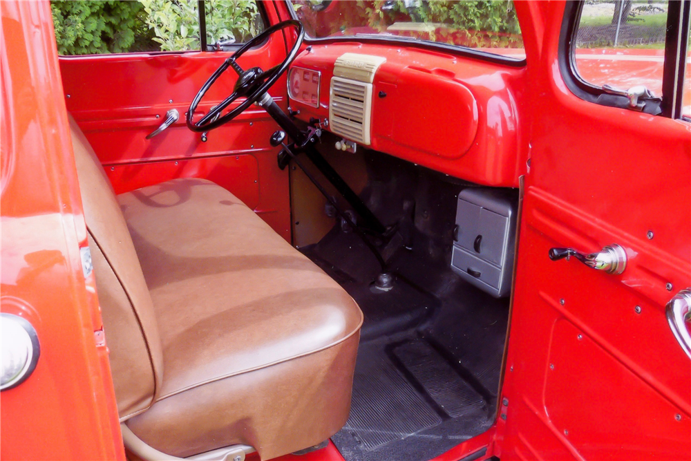 1950 FORD F-1 PICKUP - Interior - 189904