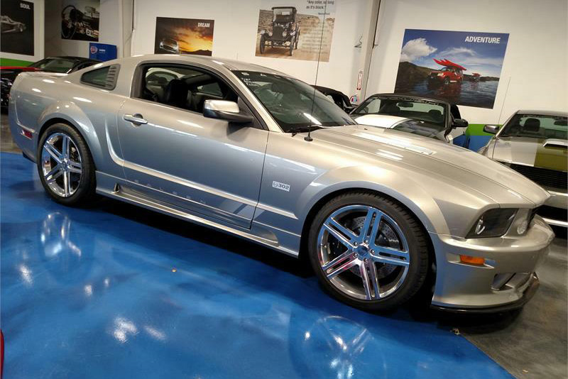 2008 SALEEN MUSTANG S302 EXTREME 25TH ANNIVERSARY - Front 3/4 - 189916