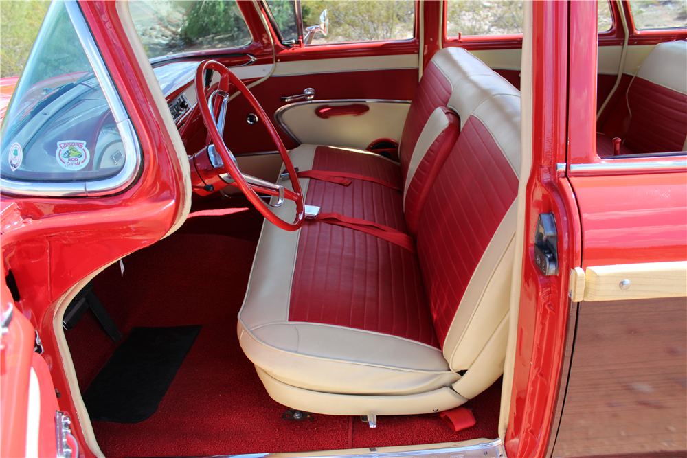 1957 FORD COUNTRY SQUIRE WOODY WAGON - Interior - 189955