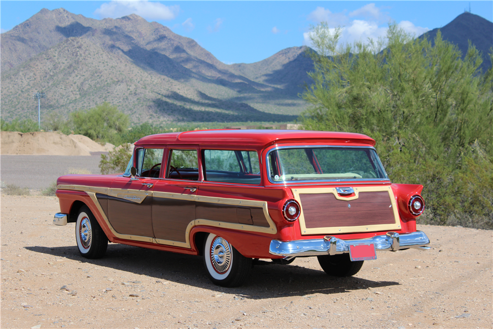 1957 FORD COUNTRY SQUIRE WOODY WAGON - Rear 3/4 - 189955