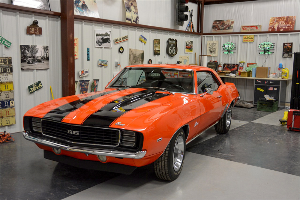 1969 CHEVROLET CAMARO RS/SS RE-CREATION - Front 3/4 - 189979