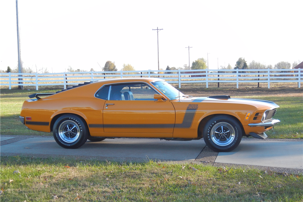 1970 FORD MUSTANG BOSS 302 FASTBACK - Side Profile - 189981