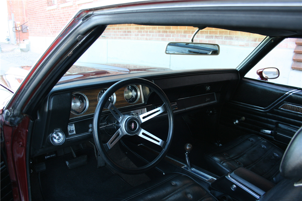 1970 OLDSMOBILE CUTLASS  - Interior - 189989