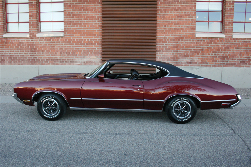 1970 OLDSMOBILE CUTLASS  - Side Profile - 189989