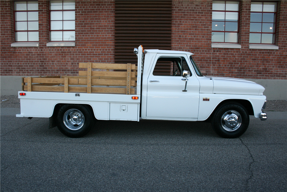 1966 CHEVROLET STAKEBED - Side Profile - 189990