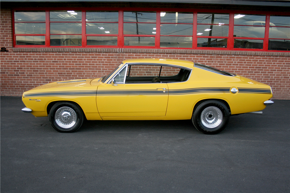 1967 PLYMOUTH BARRACUDA FASTBACK - Side Profile - 189993