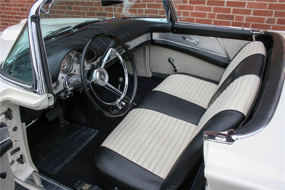 1957 FORD THUNDERBIRD CONVERTIBLE - Interior - 189998