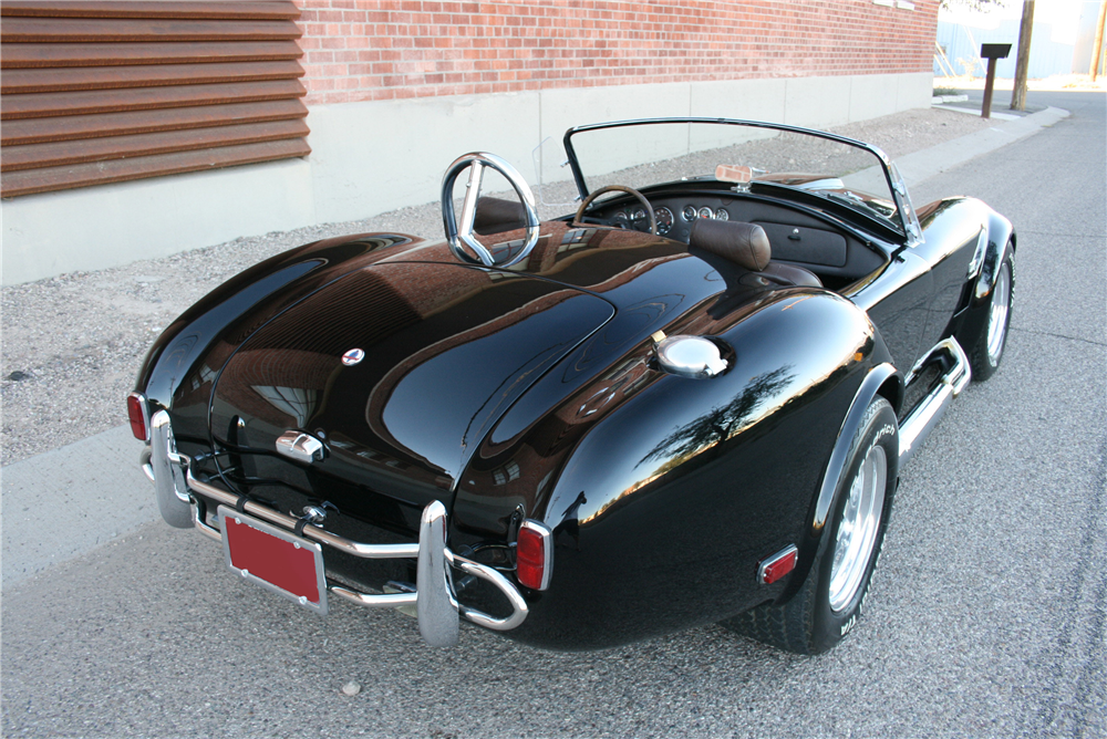1965 SHELBY COBRA RE-CREATION ROADSTER - Rear 3/4 - 190000
