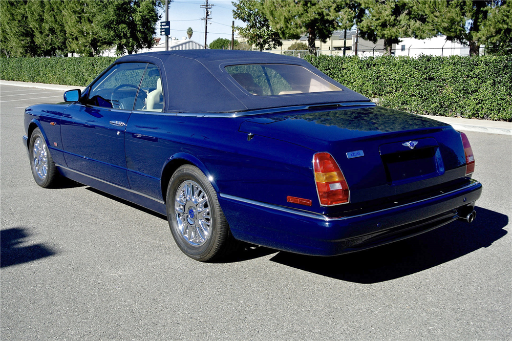 2000 BENTLEY AZURE CONVERTIBLE - Rear 3/4 - 190006