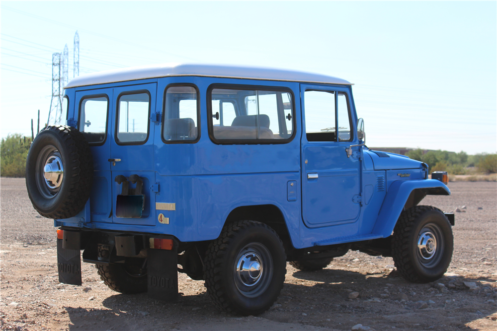1976 TOYOTA LAND CRUISER SUV - Rear 3/4 - 190028