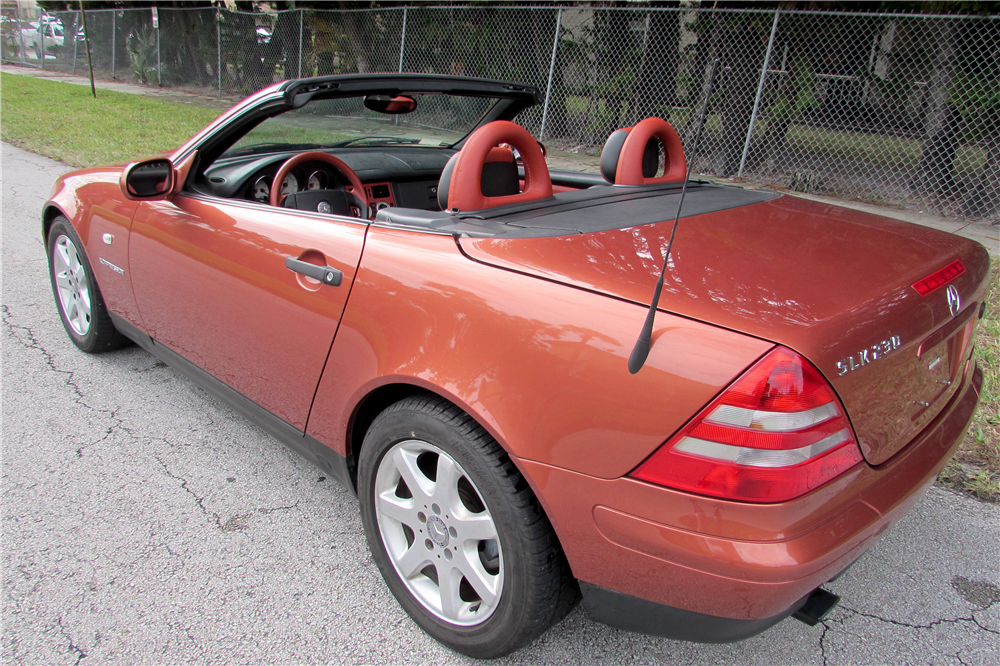 2000 MERCEDES-BENZ SLK230 ROADSTER - Rear 3/4 - 190051