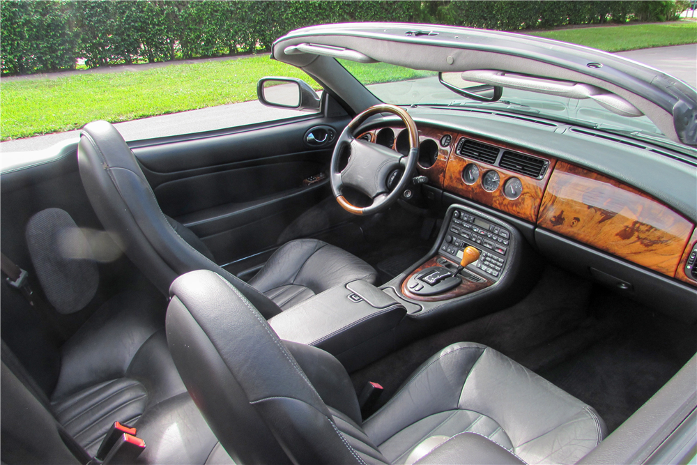 1999 JAGUAR XK8 CONVERTIBLE - Interior - 190058