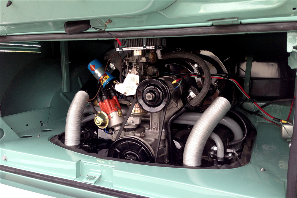 1966 VOLKSWAGEN 21-WINDOW BUS - Engine - 190081