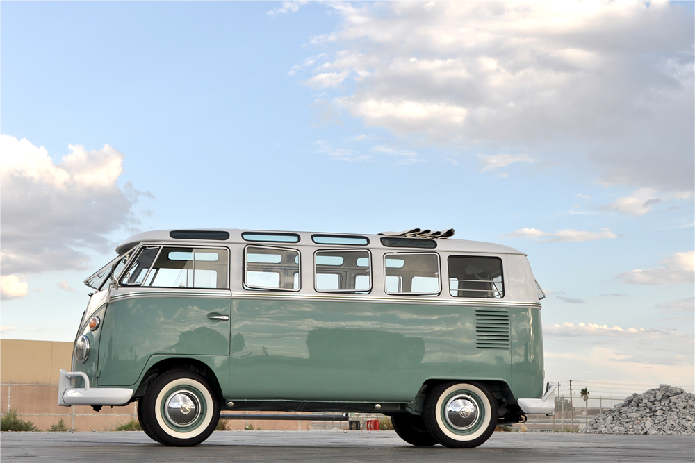 1966 VOLKSWAGEN 21-WINDOW BUS - Side Profile - 190081