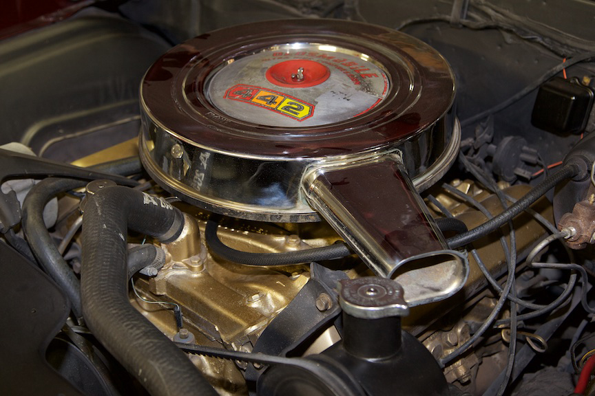 1966 OLDSMOBILE 442 CONVERTIBLE - Engine - 190088