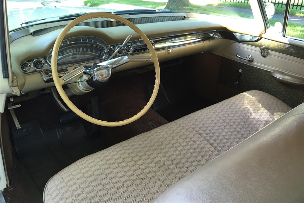 1958 OLDSMOBILE HOLIDAY 88 4-DOOR HARDTOP - Interior - 190091