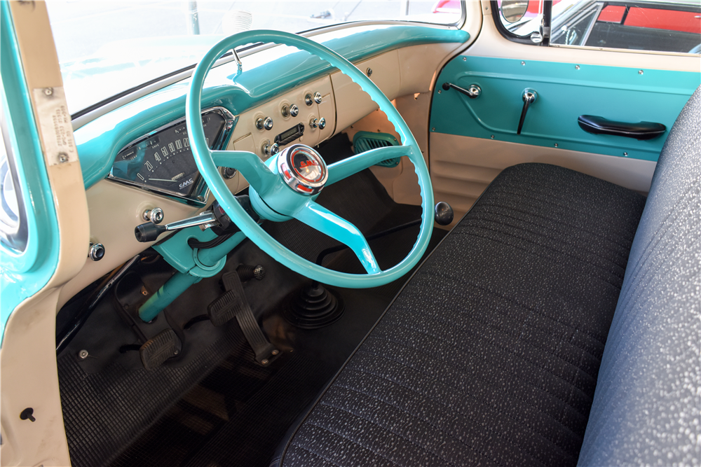 1959 GMC HALF-TON STEPSIDE PICKUP - Interior - 190105