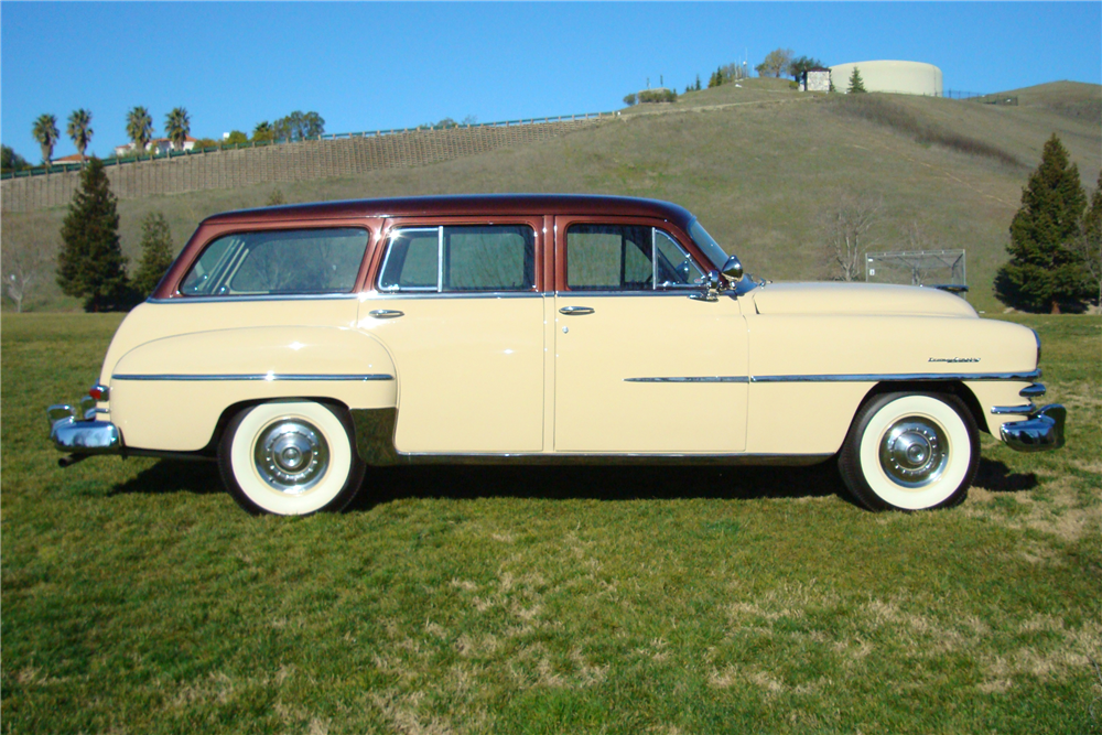 1953 CHRYSLER TOWN & COUNTRY STATION WAGON - Side Profile - 190134
