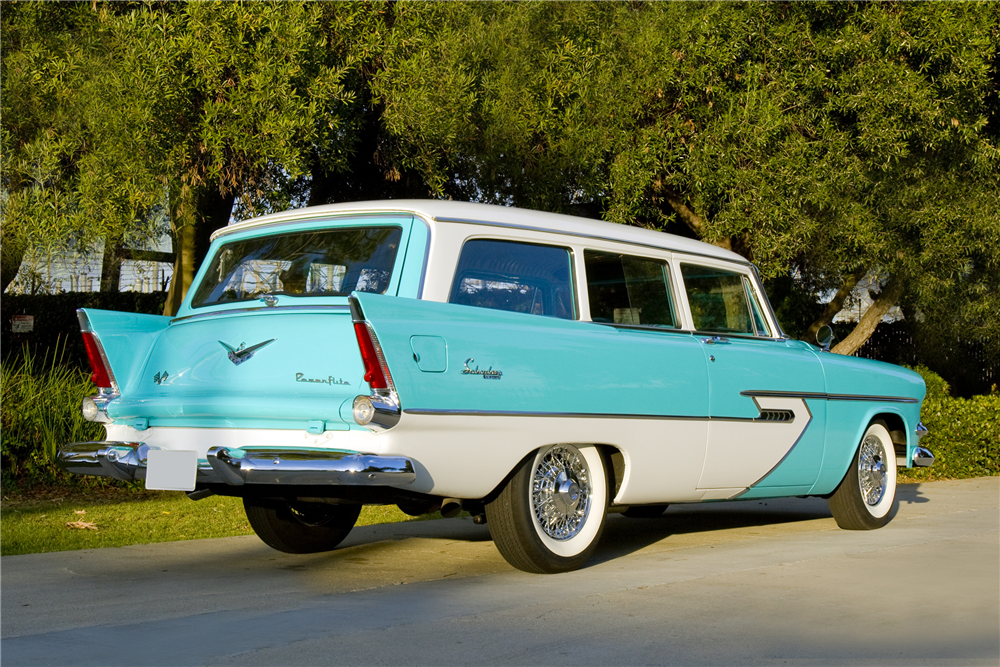 1956 STATION WAGON - Rear 3/4 - 190136