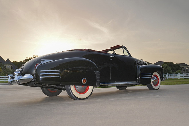 1941 CADILLAC SERIES 62 CONVERTIBLE - Rear 3/4 - 190154
