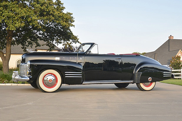1941 CADILLAC SERIES 62 CONVERTIBLE - Side Profile - 190154