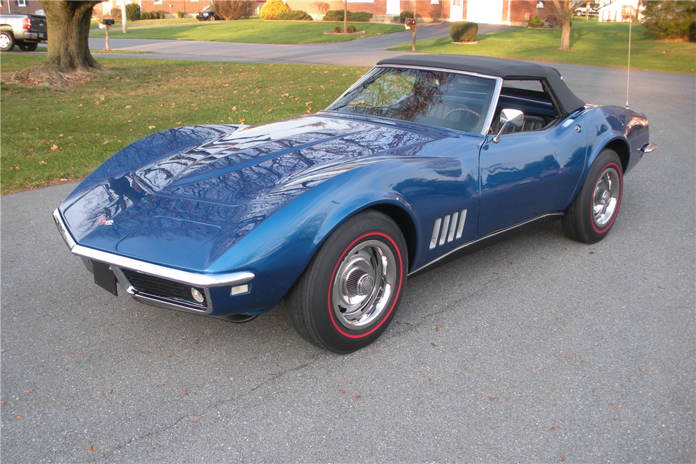 1968 CHEVROLET CORVETTE CONVERTIBLE - Front 3/4 - 190162