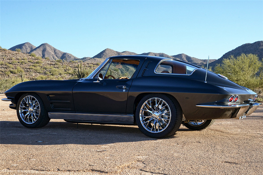 1963 CHEVROLET CORVETTE CUSTOM COUPE - Side Profile - 190183