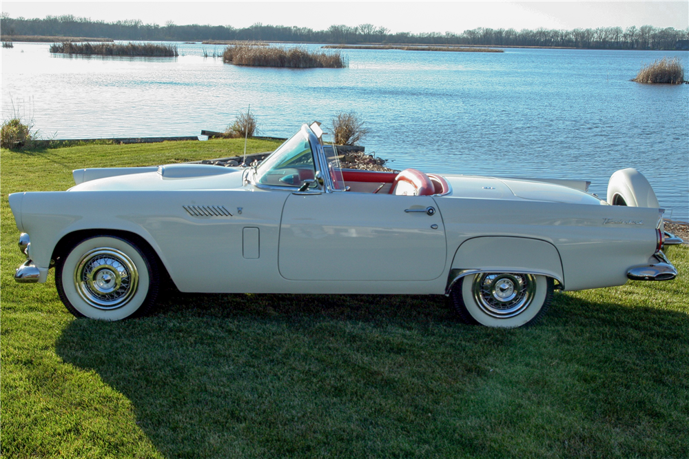 1956 FORD THUNDERBIRD CONVERTIBLE - Side Profile - 190233