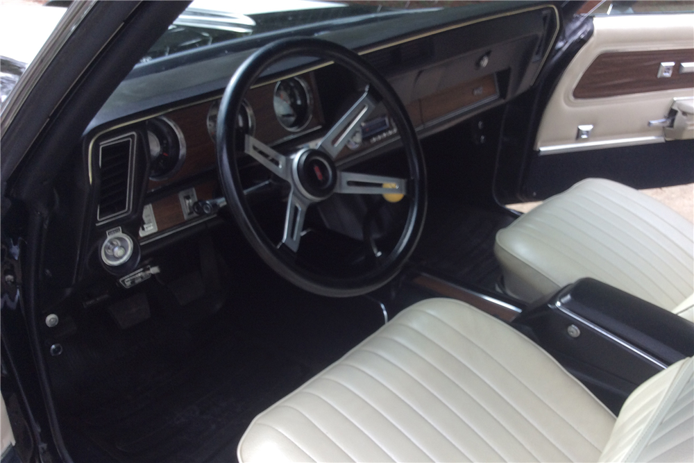 1971 OLDSMOBILE 442 CONVERTIBLE - Interior - 190245