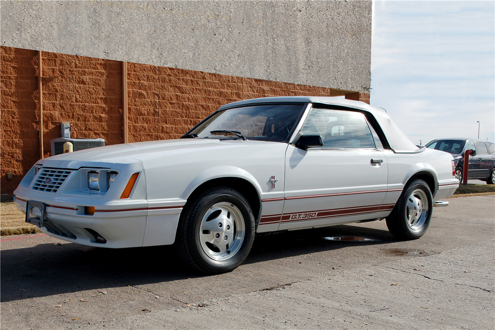 1984 FORD MUSTANG GT 350 CONVERTIBLE - Front 3/4 - 190252