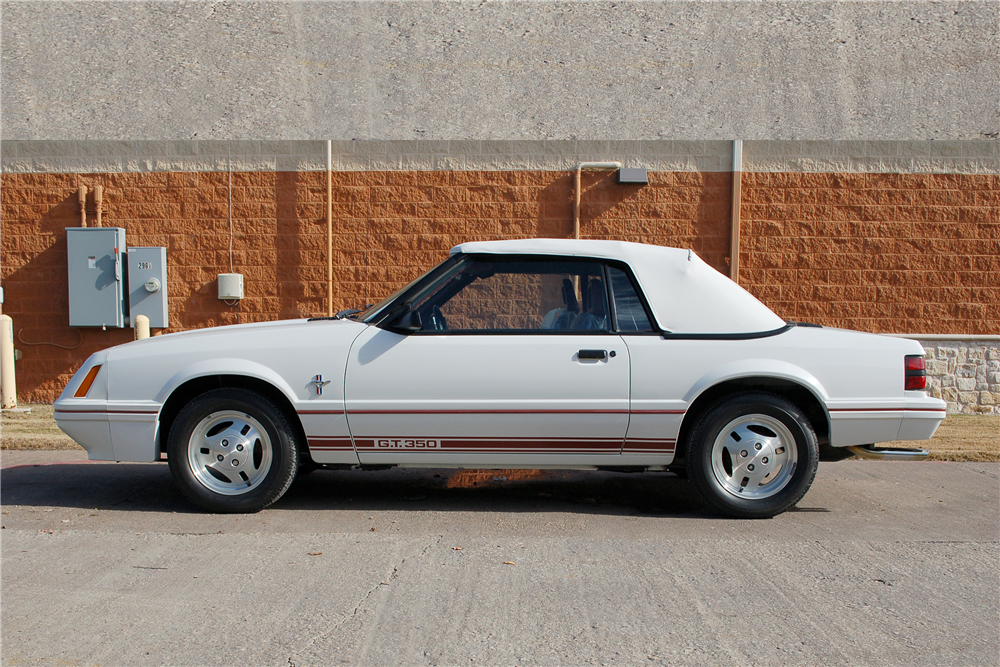 1984 FORD MUSTANG GT 350 CONVERTIBLE - Side Profile - 190252