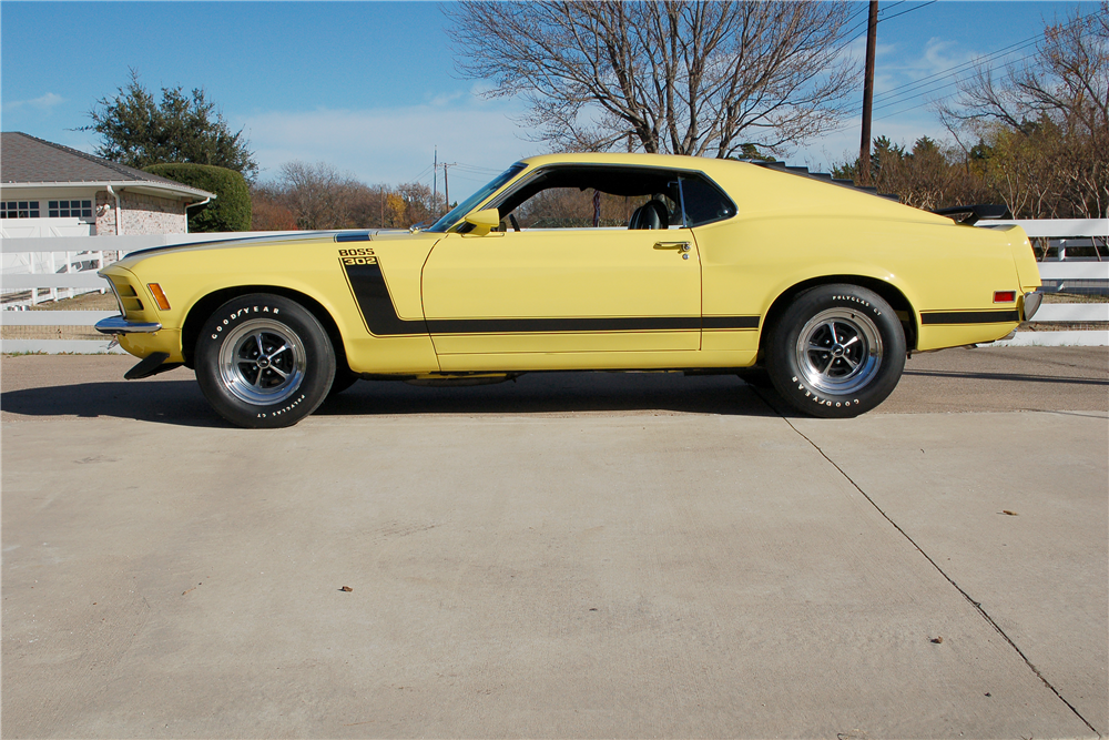 1970 FORD MUSTANG BOSS 302 FASTBACK - Side Profile - 190257