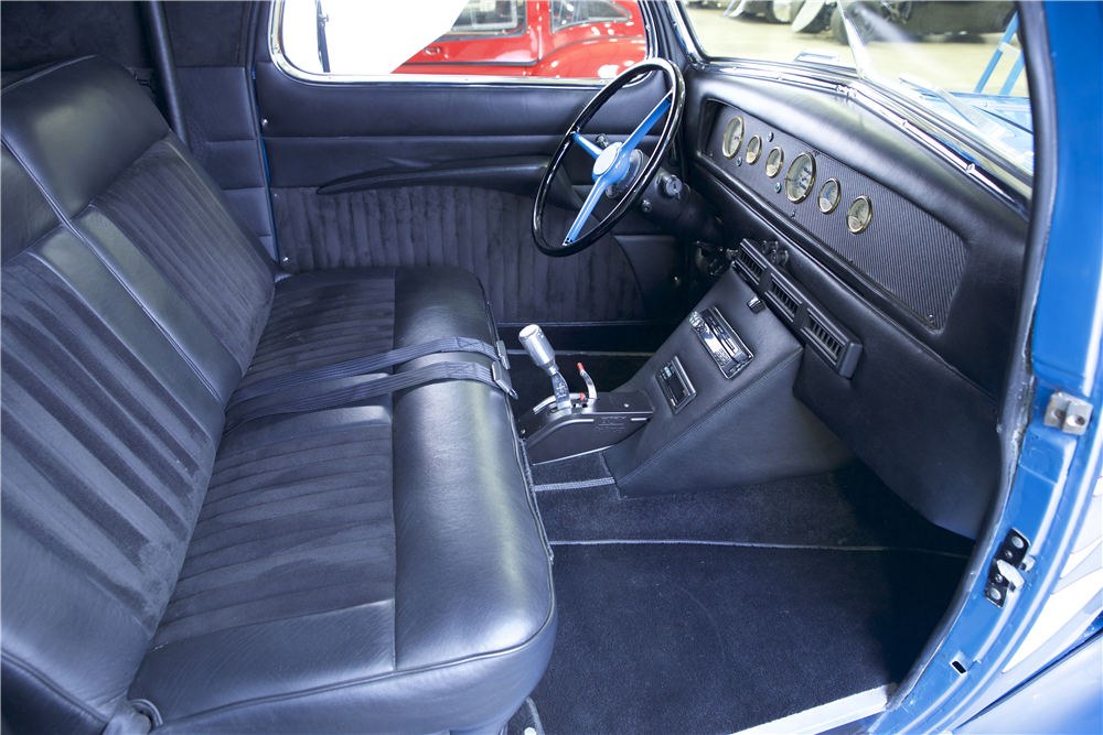 1935 CHEVROLET MASTER CUSTOM COUPE - Interior - 190269