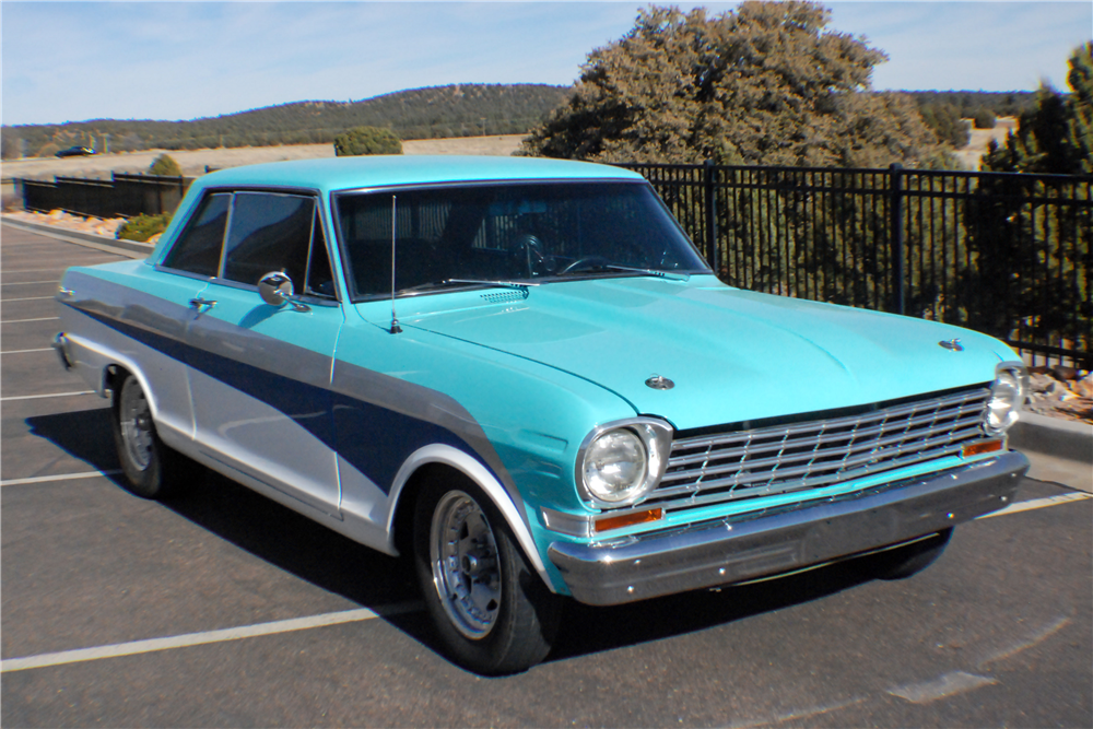 1963 CHEVROLET NOVA CUSTOM COUPE - Front 3/4 - 190323