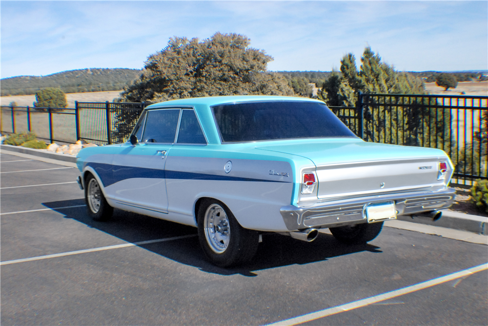 1963 CHEVROLET NOVA CUSTOM COUPE - Rear 3/4 - 190323