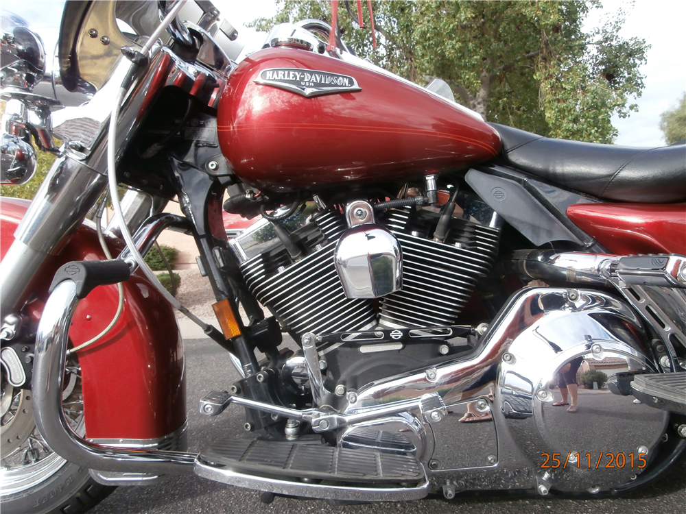 2005 HARLEY-DAVIDSON ROAD KING WITH ULTRA SIDECAR - Engine - 190349