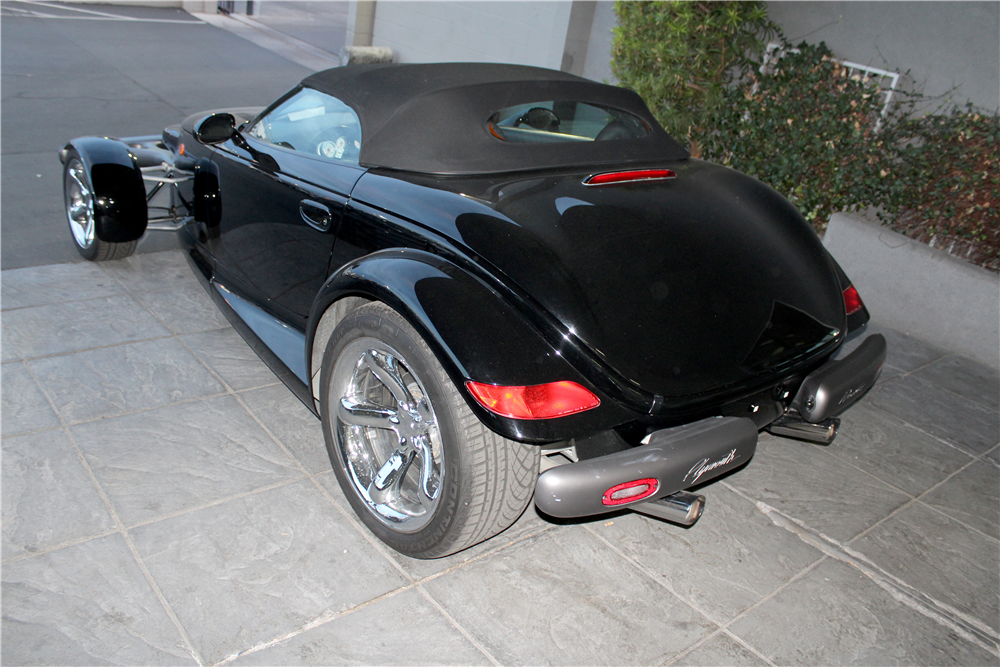 1999 PLYMOUTH PROWLER CONVERTIBLE - Rear 3/4 - 190431