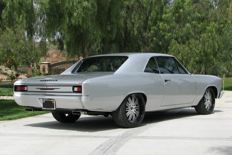 1966 CHEVROLET CHEVELLE CUSTOM COUPE - Rear 3/4 - 190448