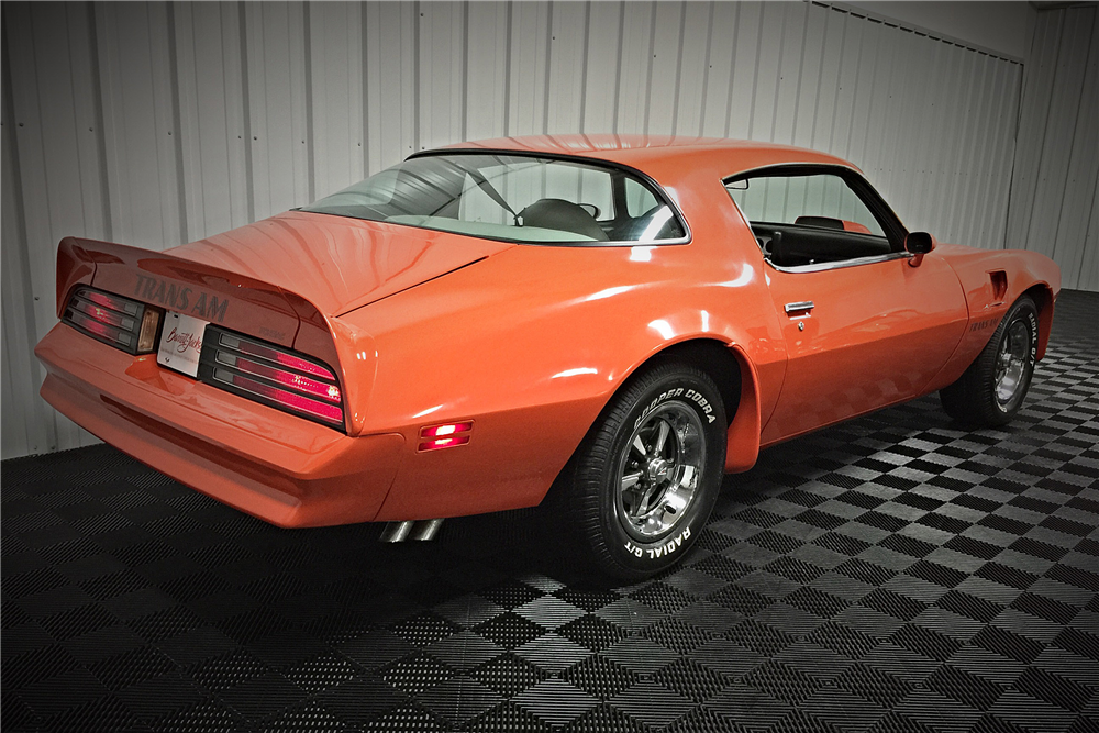 1976 PONTIAC FIREBIRD TRANS AM - Rear 3/4 - 190461