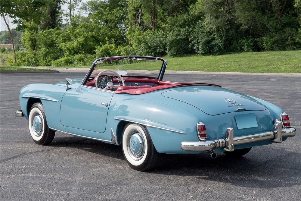 1962 MERCEDES-BENZ 190SL CONVERTIBLE - Rear 3/4 - 190466