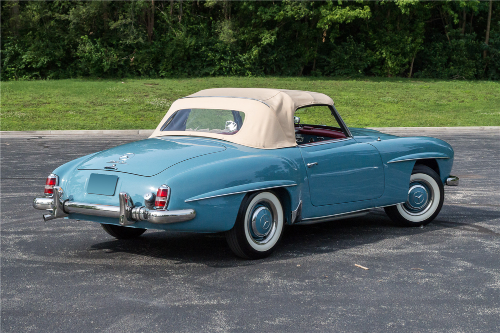 1962 MERCEDES-BENZ 190SL CONVERTIBLE - Side Profile - 190466