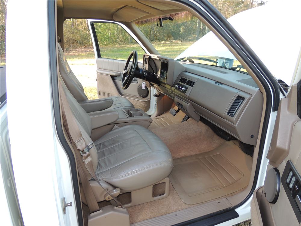 1993 CHEVROLET 454SS PICKUP - Interior - 190470